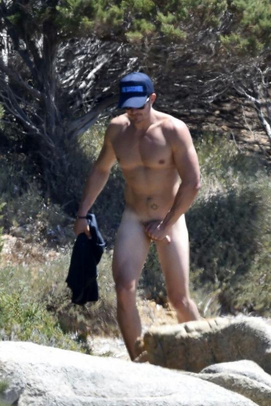 01 Orlando Bloom Naked Reserve Result